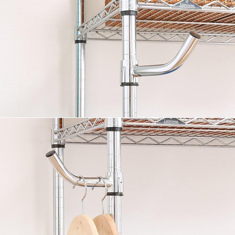 <span>360度の回転式!好きな向きに設置可能</span>ポールにしっかりと固定される大きめフックなら、カバンやコートなど重量感のあるもの掛けても安心。360°回転式で便利!