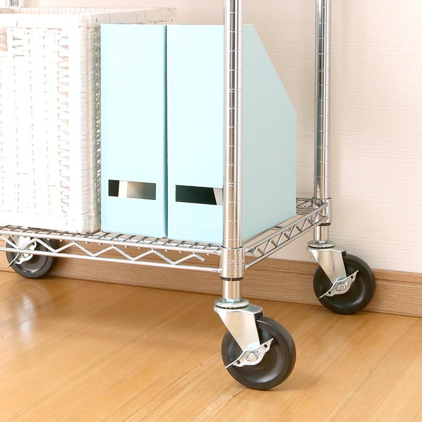 <span>耐荷重400㎏の業務用キャスター</span>標準キャスターを大きく上回る最大耐荷重400kgを実現!頑丈で劣化しにくい硬質ゴム製キャスターで業務利用に人気。