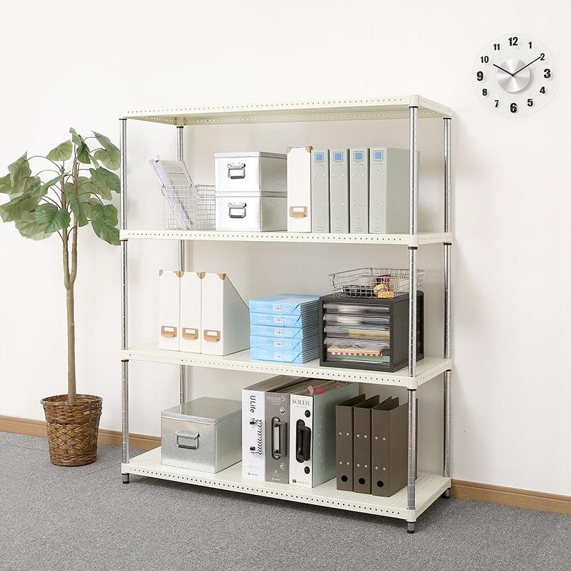 <span>オフィスに映える</span>上品なマットな質感が魅力のパンチングシェルフ。会社。オフィスでご利用もおすすめです。