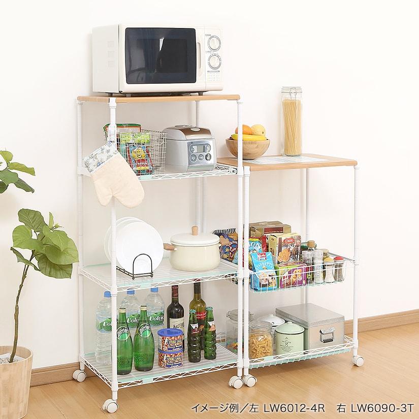 <span>調理家電、食器などをまとめて収納</span>「ルミナスホワイト」は、キッチンで大活躍間違いなしのラックシリーズ。調味料や調理家電、食器などの収納にぴったりです。